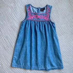 Gap Girls Denim Dress - size S (6-7)